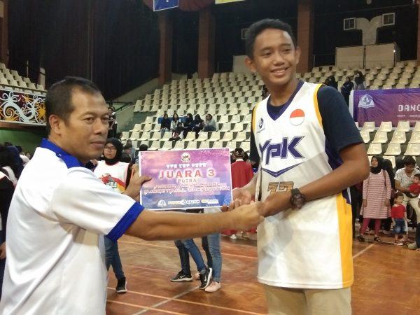 Juara Basket Kalimantan Timur